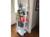 2 x Ladder shelf (Futon Compay)