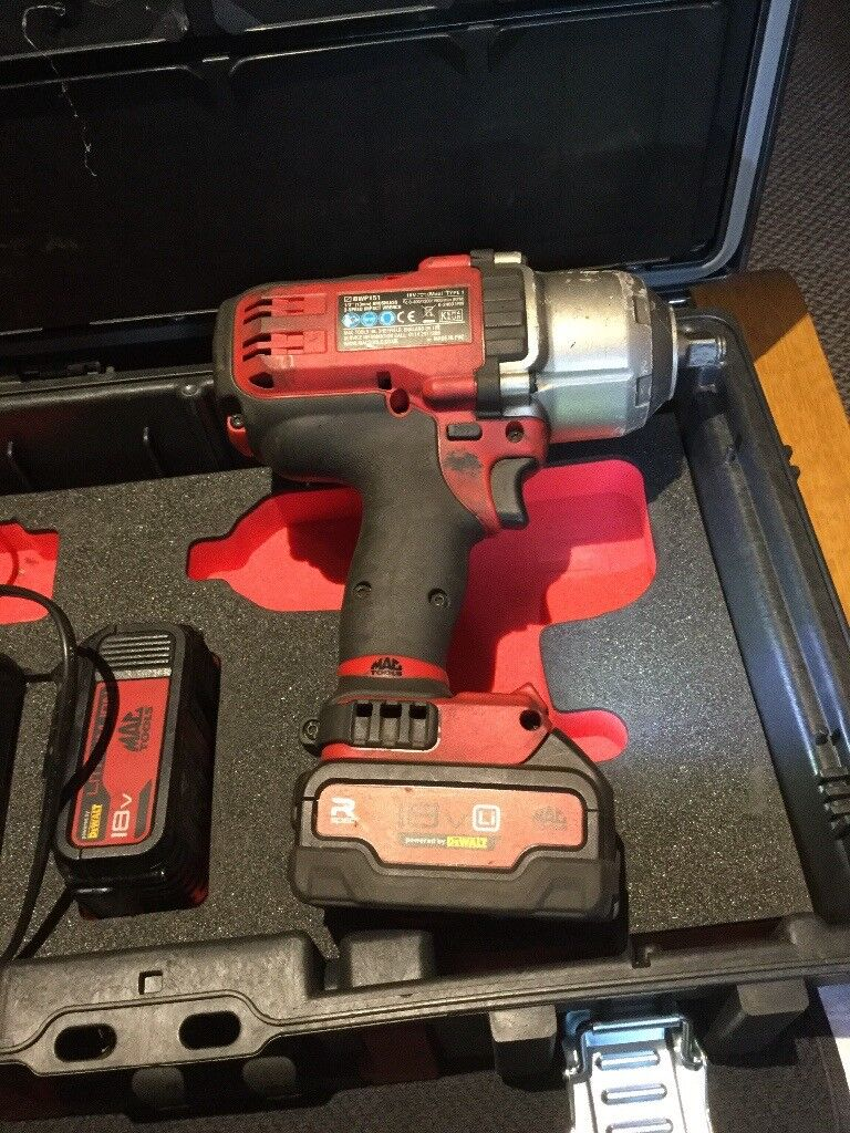 Snap on mac tools 18v bruiser 1/2 impact driver very powerful