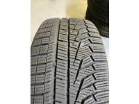 Hankook winter tyres 215/45/r16 like new