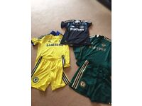 Chelsea away and keeper football kit selection 2011-2015 Sizes 9-10 yrs