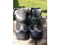 Trespass Walking Boots Size 5