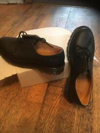 Men's black Dr Martians work safely shoes ( not steal toe caps)