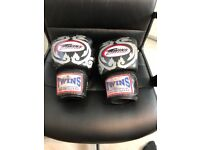 Twins special 14oz gloves