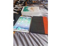 iPad Pro 10.5 256GB - WiFi - Rose Gold (Like New)