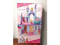 Disney Princess Royal Dreams Castle Dollhouse_ unwanted gift