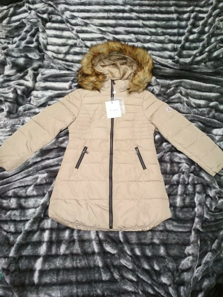 Womens Moncler Jacket  5fb85a0123