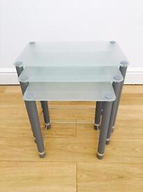 Nesta Table Set