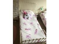 Child's white extendable bed