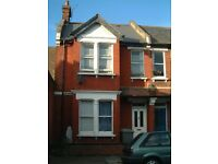 Modern Newly Refurbished Two Double Bedroon House With Private Garden Located In Willesden Green.