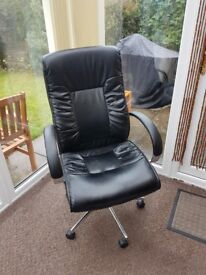 Swivel Desk Chair with footstool