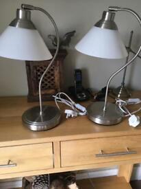 2 matching desk table lamps