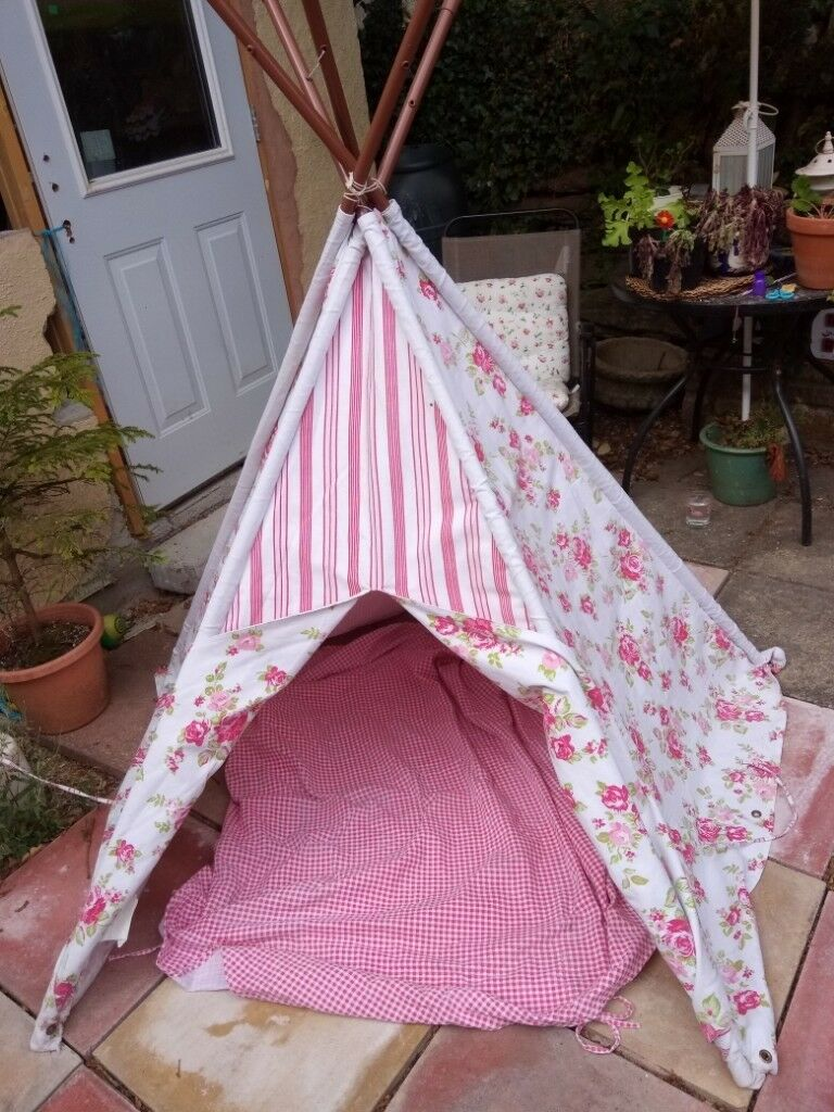 Child's tent | in Plymouth, Devon | Gumtree