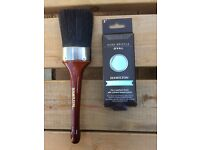 Hamilton oval paint brush