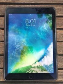 Apple iPad Air 2 32GB, Wi-Fi 9.7in Space Grey with Genuine Apple Leather Case
