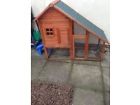 Rabbit/guinea pig house
