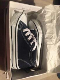 Brand new toddler trainers size 8