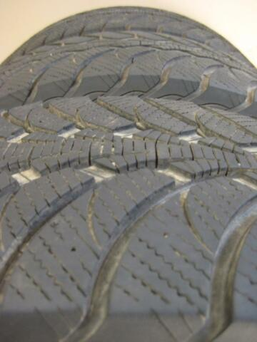 265 70 r16 goodyear ultragrip ice winter tires tires rims ottawa gatineau area kijiji. Black Bedroom Furniture Sets. Home Design Ideas