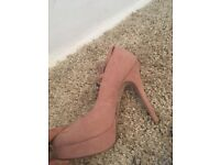 New look size 6 nude pink heels, selling for £20 great condition