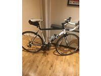 Mint Condition Trek one series 1.5 bike 56cm