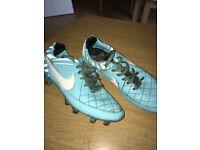 Nike kids boots