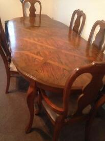 Extendable dining Table n 6 chairs