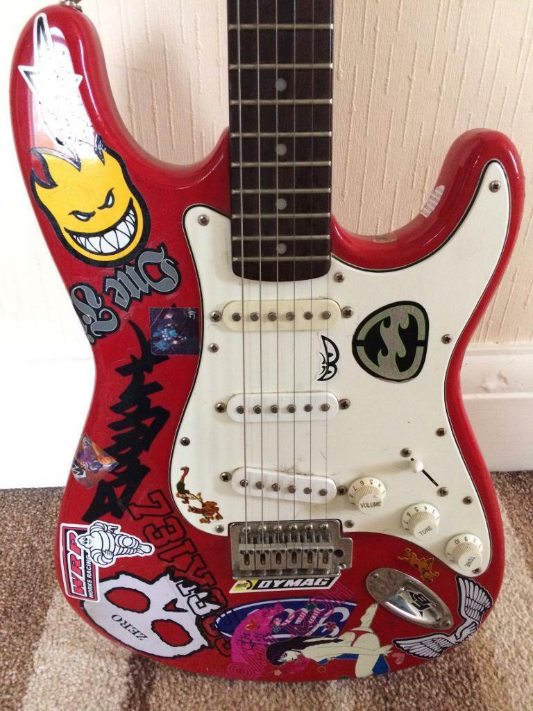 Basic electric guitar   in Mansfield, Nottinghamshire   Gumtree
