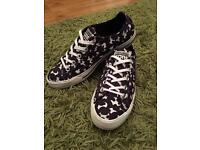 Women's Converse Trainers 👟