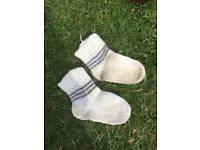 Woollen socks handmade 3-5yrs old.