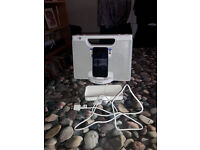 Ipod Touch 4th generation 8gb black and White Sony docking station