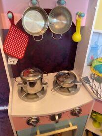Kidkraft deluxe corner kitchen