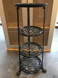 Le Creuset 4tier decorative metal saucepan stand