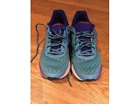 Mizuno Wave Rider 19 Ladies trainers in a size 6. Lovely bright blue colour excellent condition