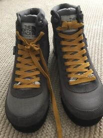 Woman's North Face Outdoor Walking Boots (never worn)