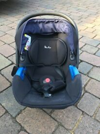 Silver cross simplicity black and blue baby seat