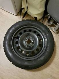 4 winter tyres with steel rims.