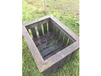 Hay field feeder box