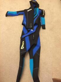 Mares semi dry wet suits