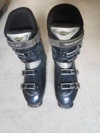 Men's ski boots Mondo size 28.5 (UK 9-9-1/2)