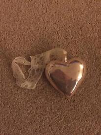 Pink glass heart decoration