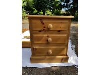 4x Solid Pine Bedside Draws.