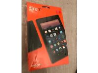 Amazon Fire 7 Tablet with Alexa , 8 GB, Red 2017 version - perfect