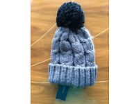 New With Tags French Connection Bobble Pom Pom Beanie Wool Woolly Hat Twee 80s