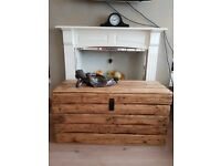 Large rustic wooden trunk/storage chest/coffee table. Reclaimed,handcrafted, 100cm. LOCAL DELIVERY