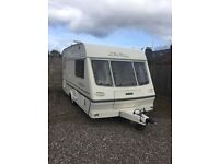Lunar 402 LX 2000 light weight with extras inc full awning