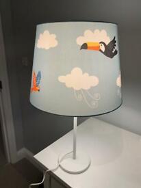 Blue bird table lamp