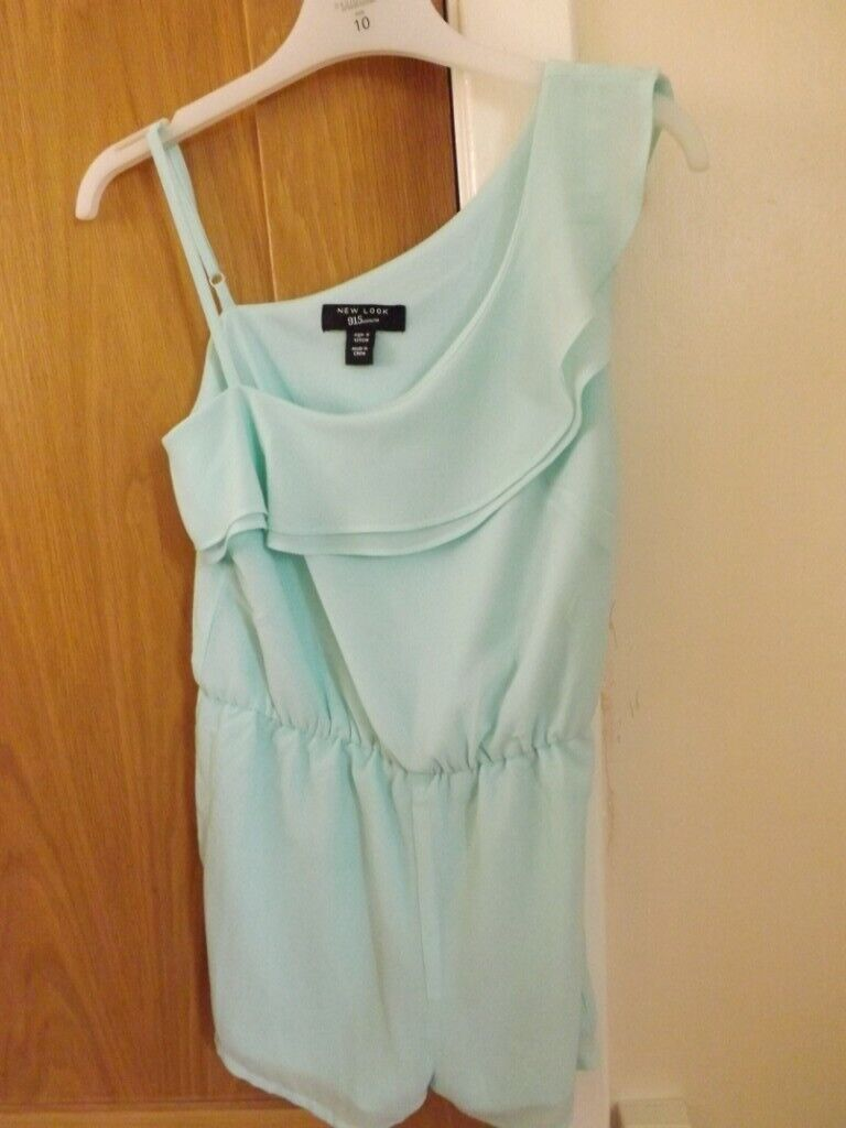 5fb52e15ea3 Girls New Look Playsuit Age 9