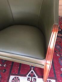Beautiful Vintage Leather Tub | Green