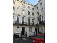 Brighton Luxurious Two Double Bedroom Apartment With Direct Sea View