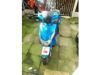 50cc Peugeot kisbee moped