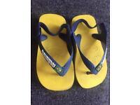 Infant havaiana flip flops - infant size 4